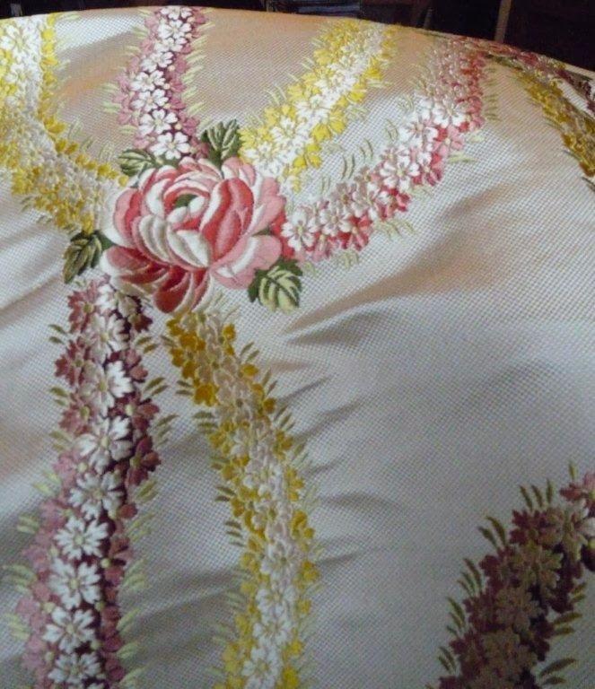 La reine des fleurs: hand woven silk brocade