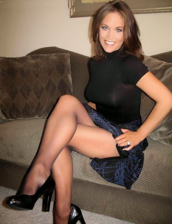 World Hot Pantyhose Teens After 15