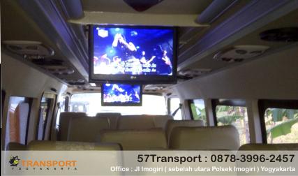 interior long elf 57 transport