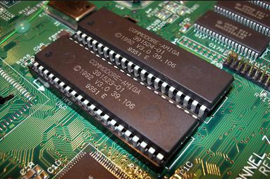ROM  क्या है इसके प्रयोग और प्रकार