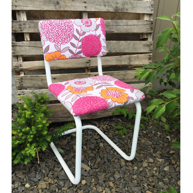 How to upholster a metal dining chair