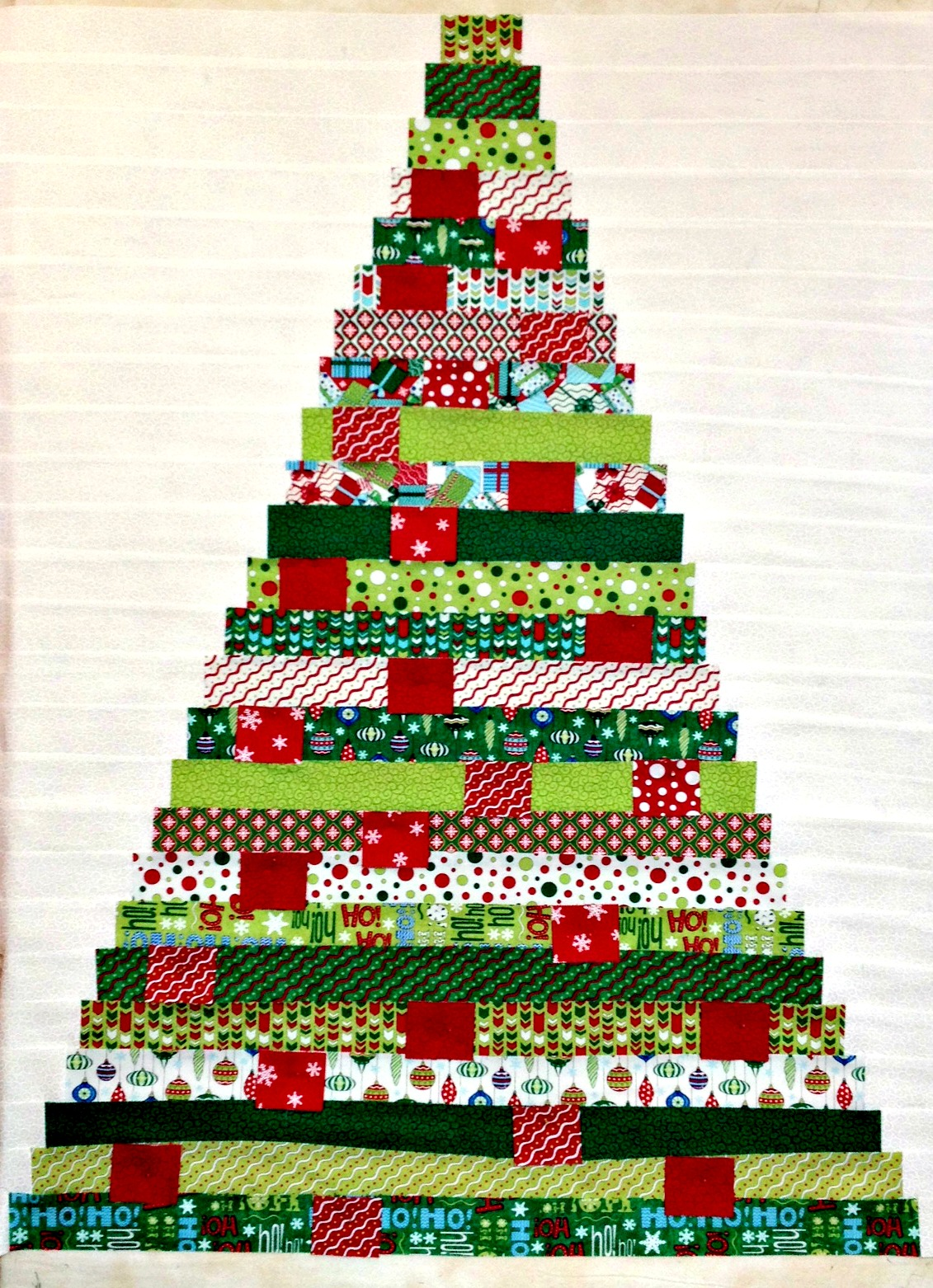 Quilting Patterns Xmas Free : Quilt Inspiration: Free pattern day: Christmas quilts (part 1): Trees!