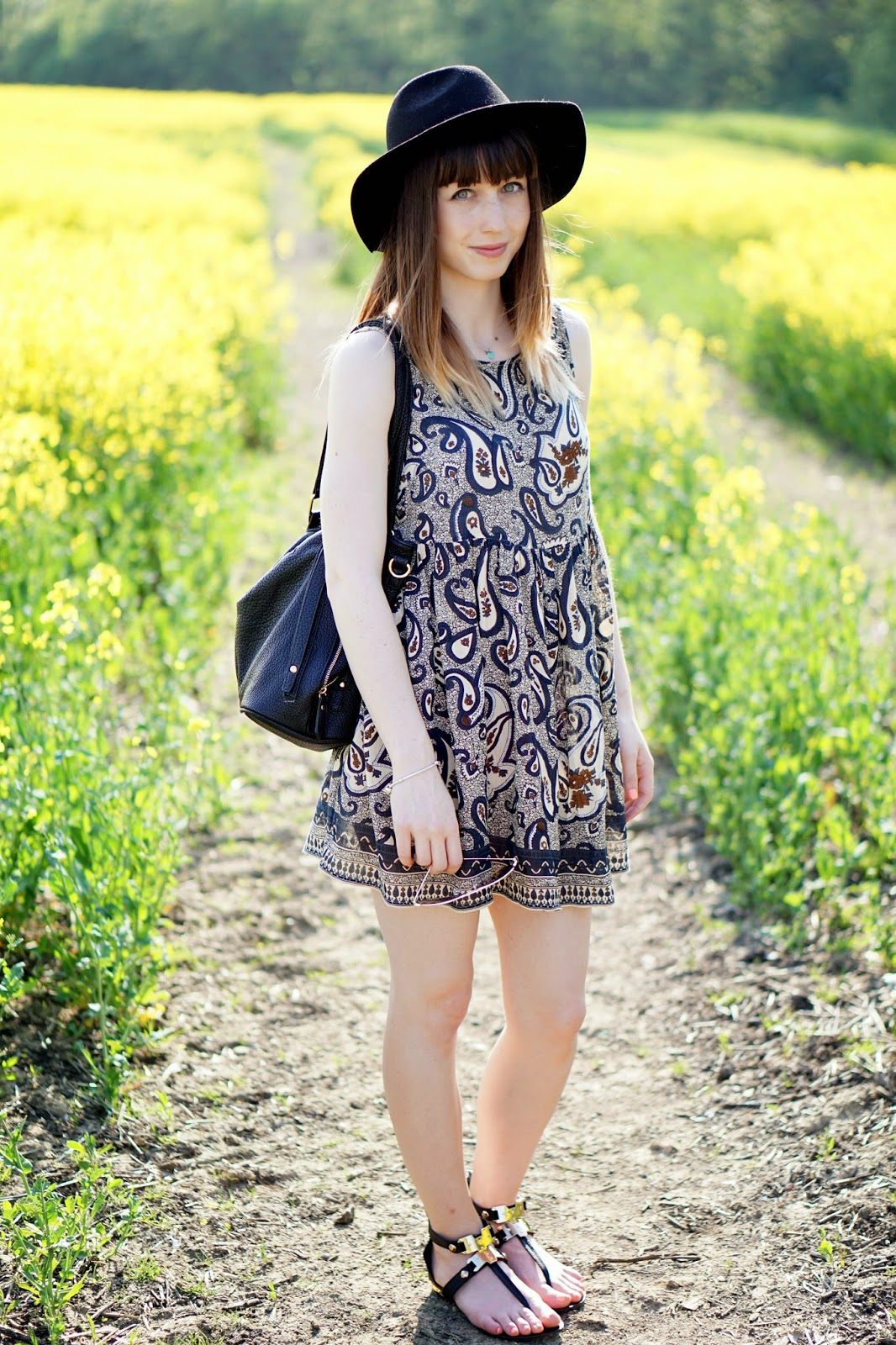 smock dress summer outfit fedora