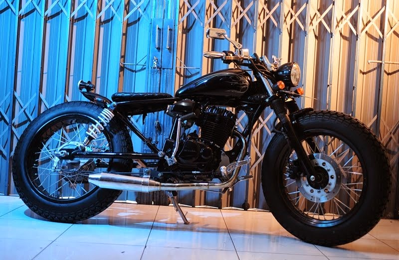 Photo Modifikasi Simple Honda Tiger 2004 Konsep Bratstyle