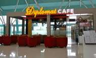 diplomat cafe