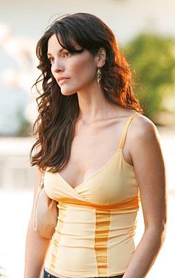 Fashion As Alana De La Garza Hairstyles