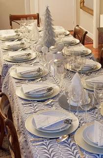 Mesas de Navidad Decoradas de Plateado