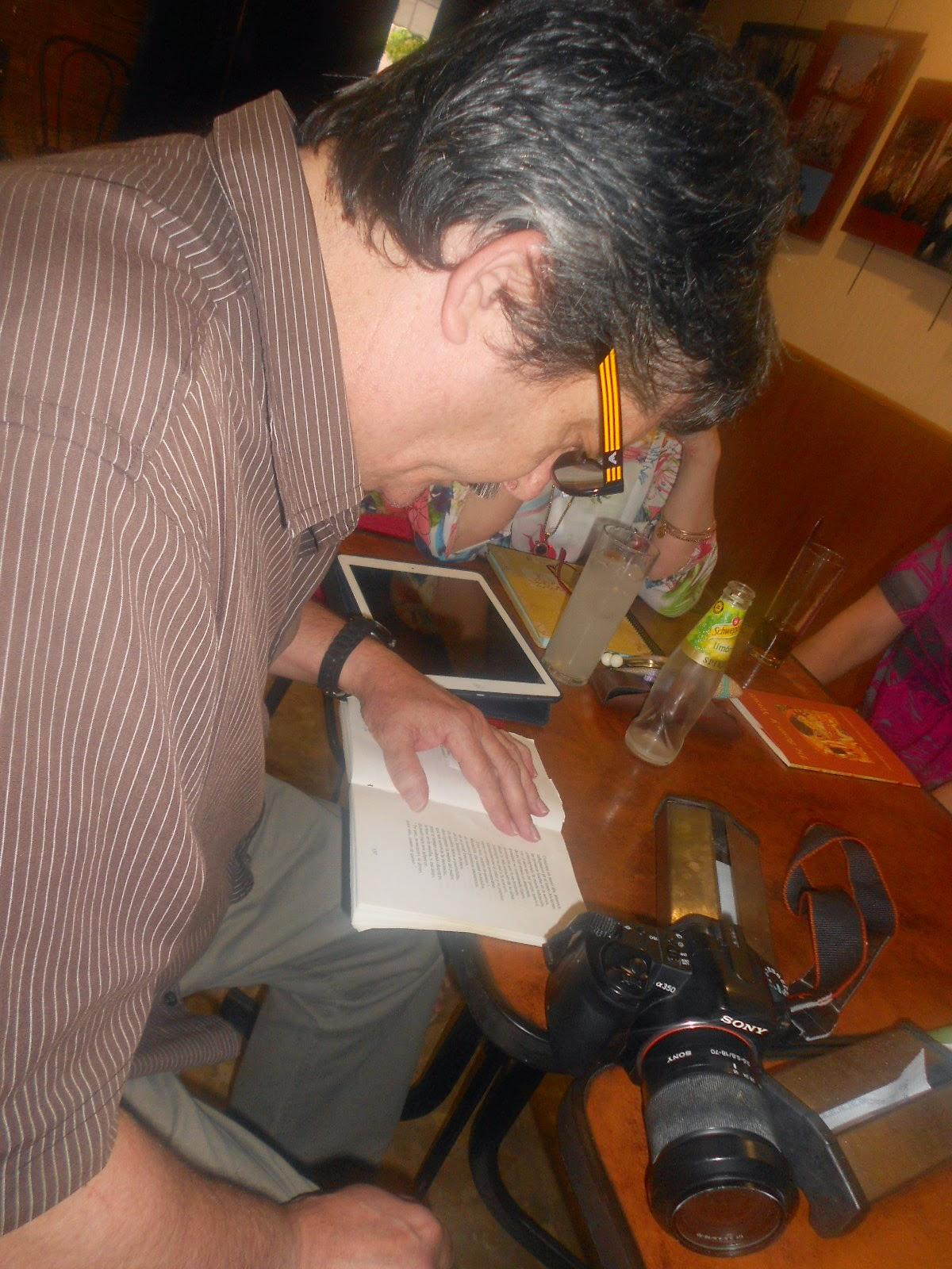 Jap Peralta (Fotógrafo de la Poesía)