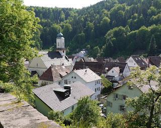 Aufstieg auf den Schlossberg Neuenbürg