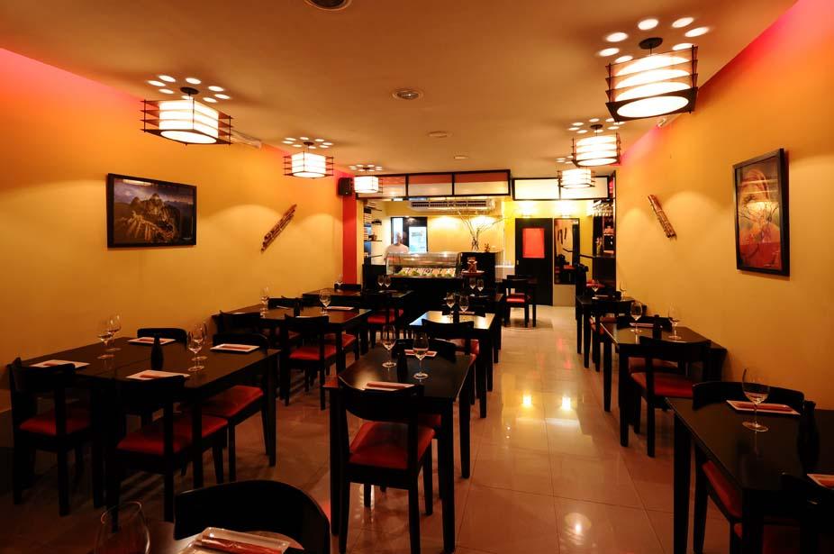 Bien jugoso el blog de hidalgo nuevo restaurante haru for Decoracion de pared para restaurante