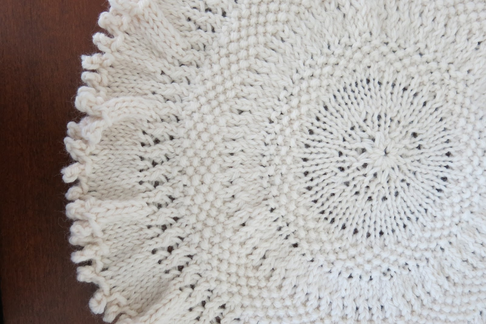 Knit Tree Skirt Pattern : The Fuzzy Lounge: Free Knitting Pattern: Tree Skirt (or Doily) for Table-Top ...
