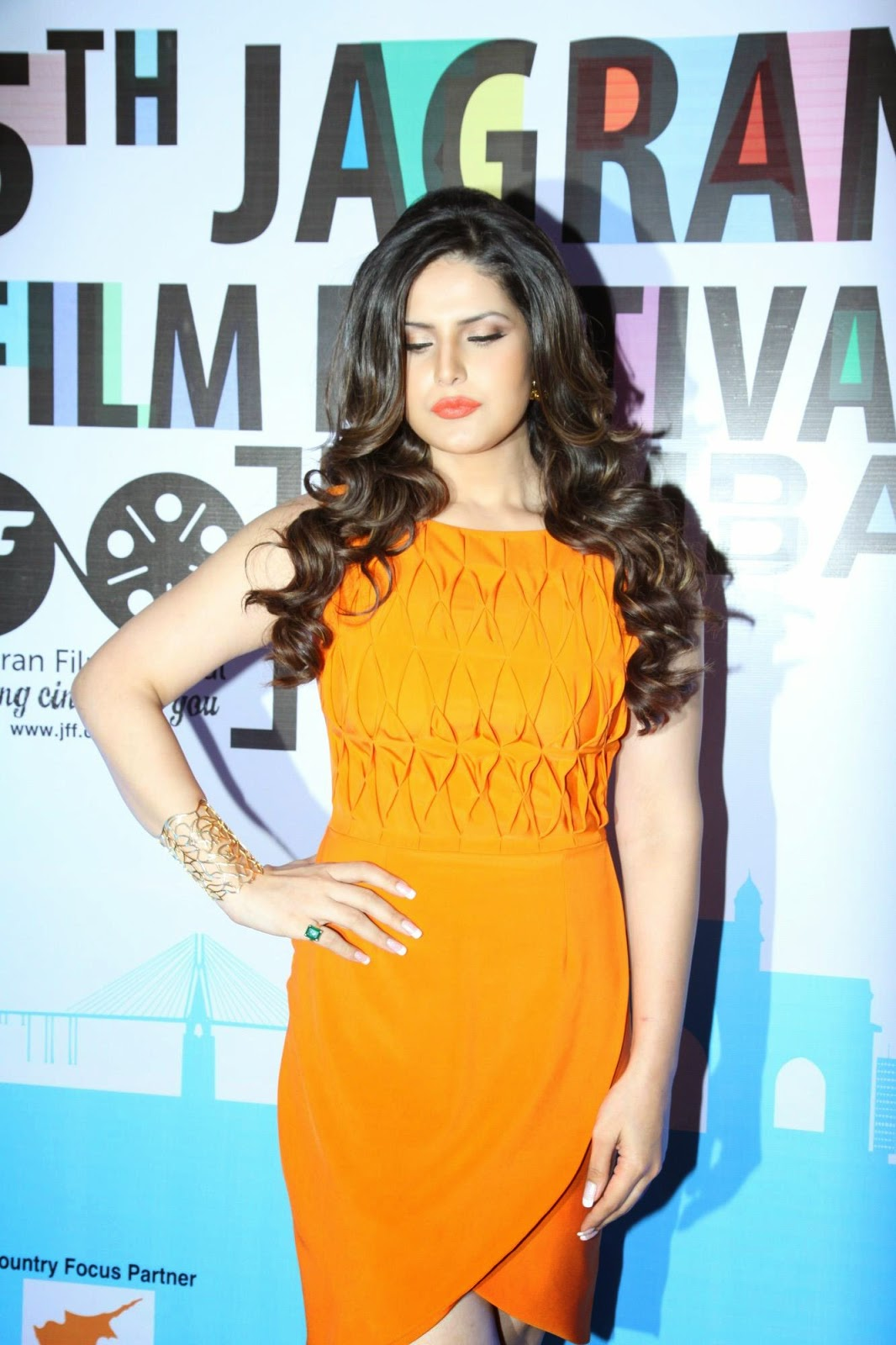 bollywood celebrity pictures zarine khan elli avram sonal chauhan