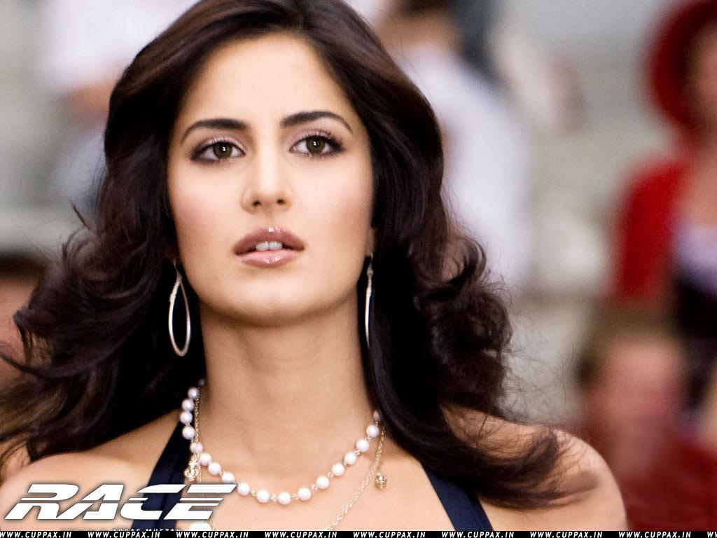 Fashion bank katrina kaif in race wallpapers katrina kaif in race wallpapers baditri Image collections