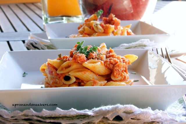 ... in Italy and Beyond: Mezze Penne Rigate with Tomato Chicken Sauce