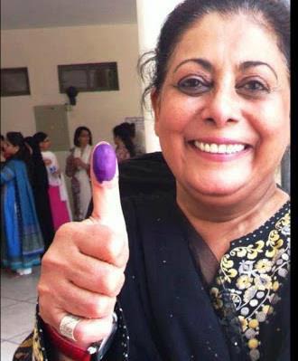 Seemi Raheel - Pakistan Celebrities voted for Pakistan