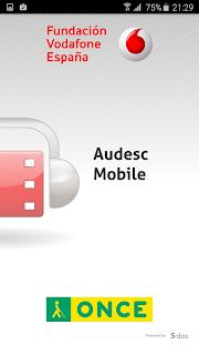 Pantalla blanca donde aparece en el centro el nombre de la app y el logo que es un fotograma rojo conunos cascos. Arriba y abajo aparecen los logos de ONCE Cidat y Fundación Vodafone