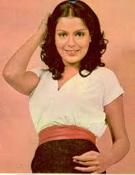 zeenat-aman-hindi_actress