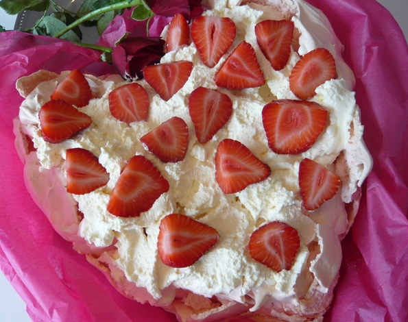 pavlova is white there are a few secrets to making the perfect pavlova ...