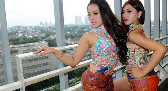 Foto Duo Sabun Colek Hot