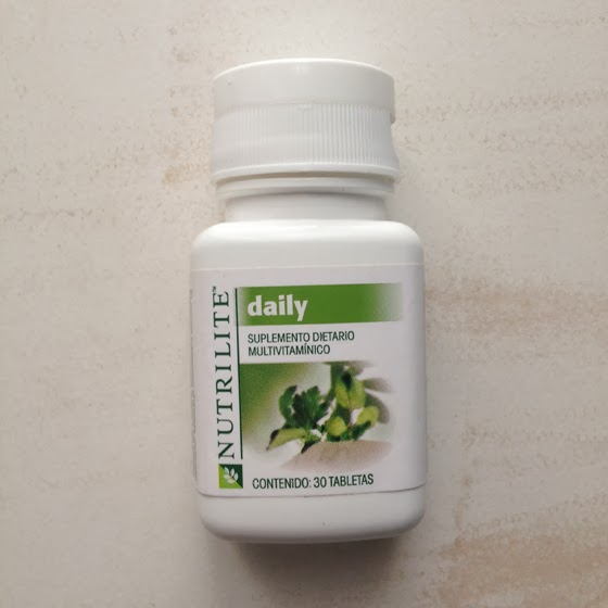 Daily Amway pills pastillas multivitaminico