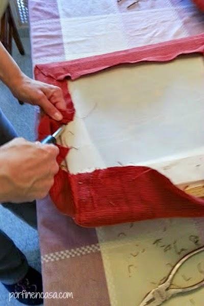 Tapizar las sillas por fin en casa - Grapas para tapizar ...
