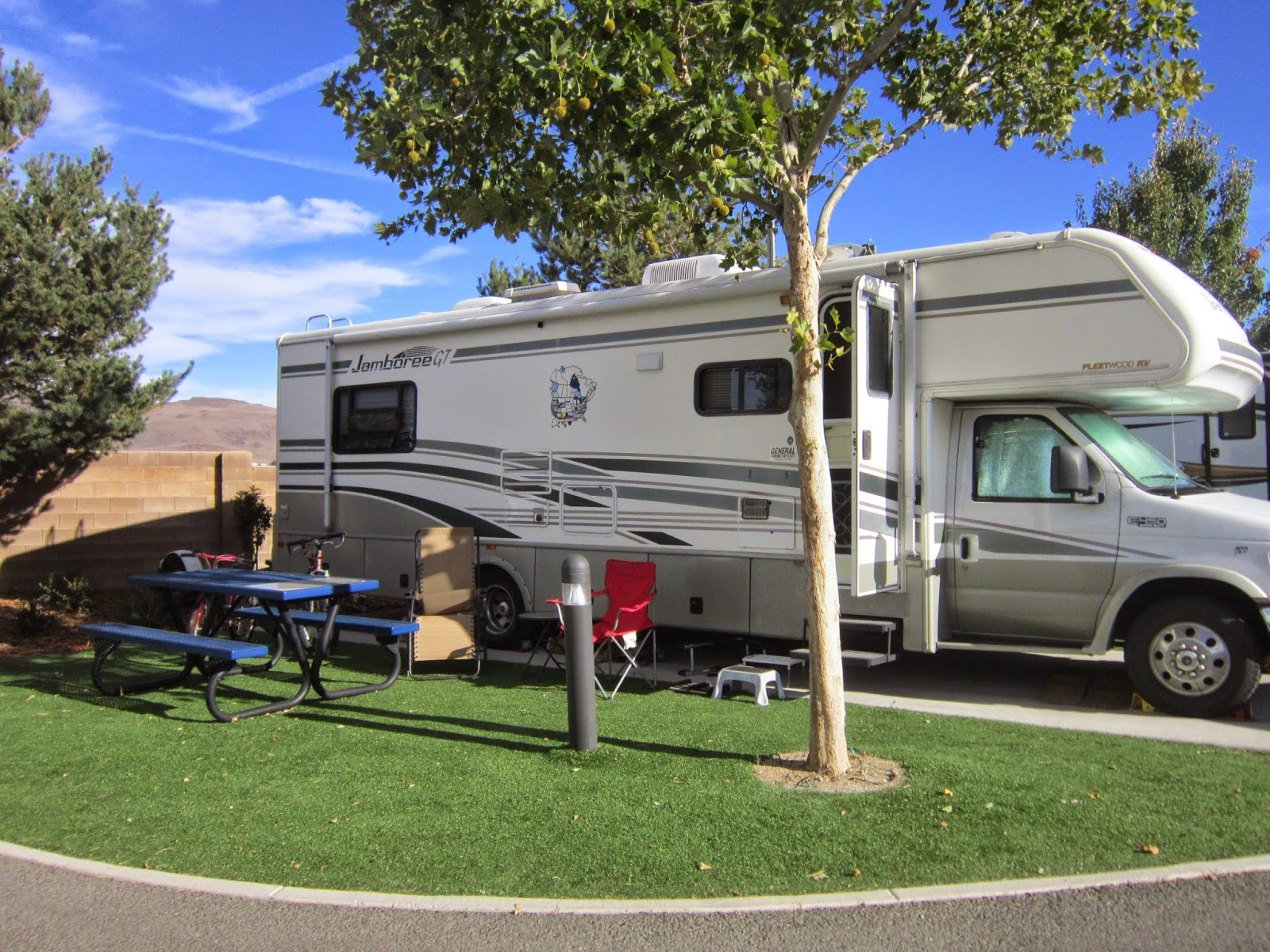 The First Week We Arrived At Sparks Marina RV Park Made A Trip To Reno About 10 Minutes Away After Walking Around Biggest Little City In World