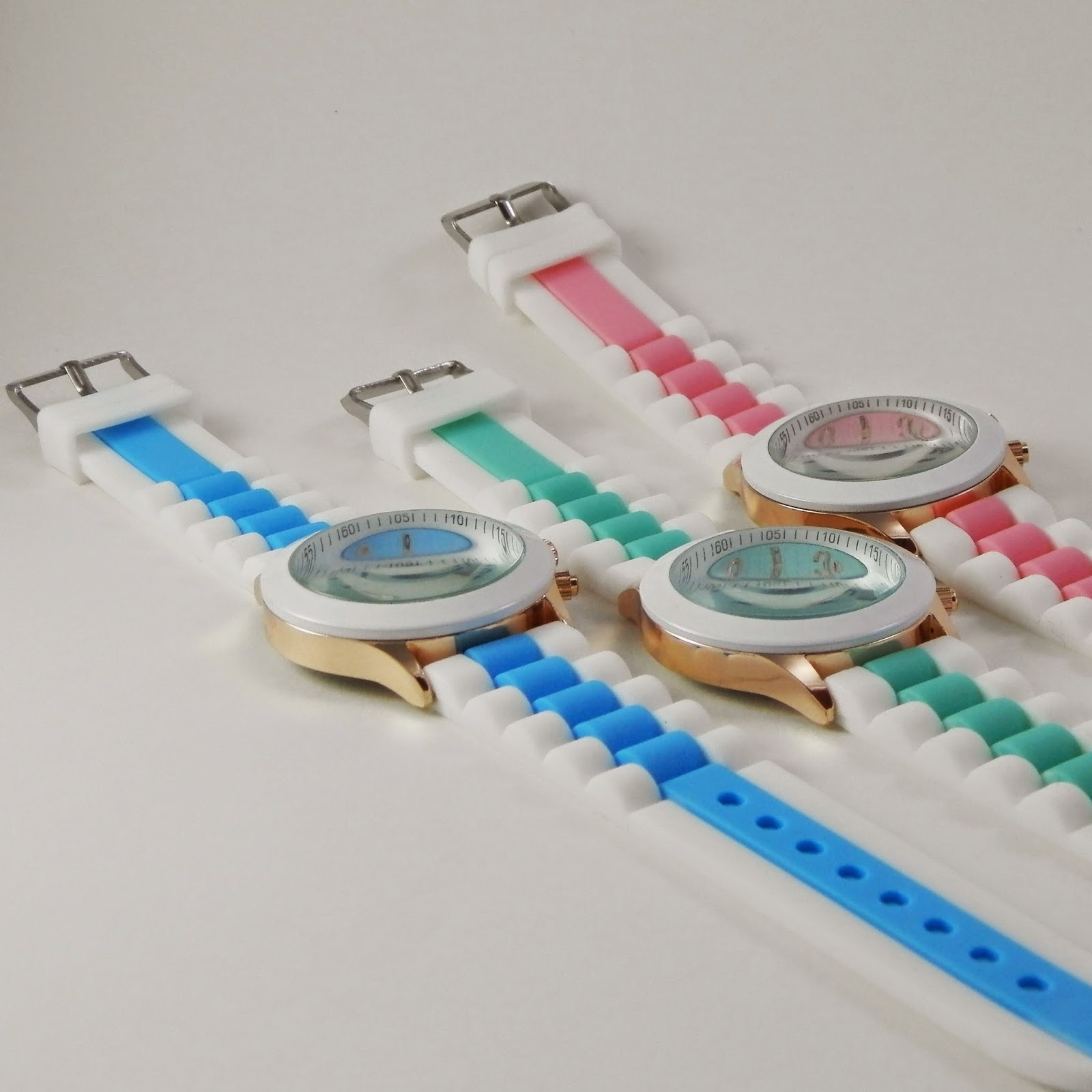 http://www.missbrumma.com/#!relojes/c17hg