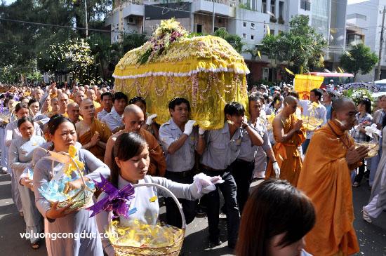 Cung tiễn Trà tỳ Kim Quan Cố HT - Thích Giác Dũng - voluongcongduc.com -24