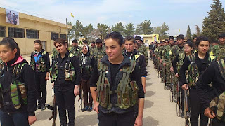 Gill Rosenberg judia e israelense lutando com os curdos contra o EI