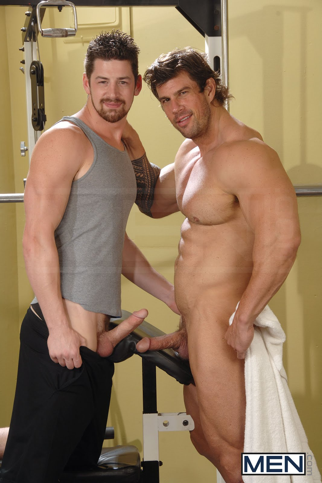 Zeb Atlas se fait Sucer - GAYSEXYBOY: Blog Video Gay