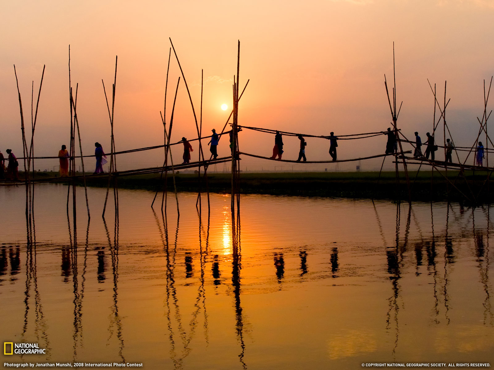 beauty of bangladesh essay Cox's bazar (bengali: কক্সবাজার) is a town, a fishing port and district  headquarters in bangladesh it is known for its wide sandy beach which is the  world's.