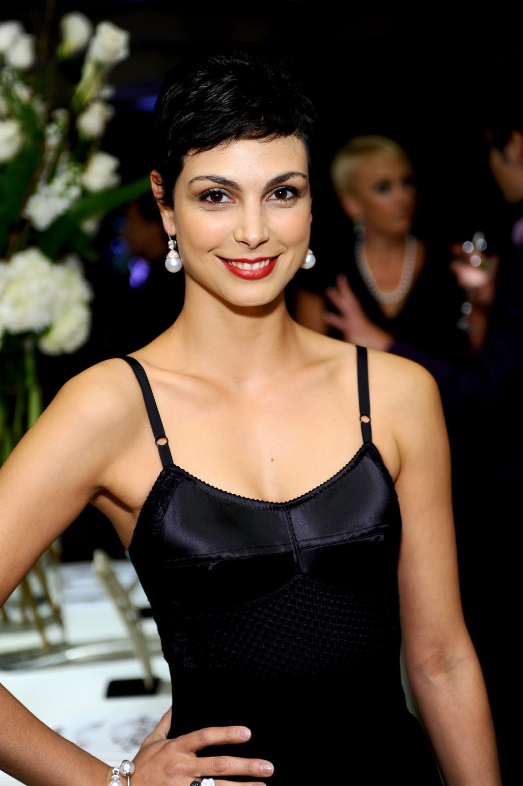 Sexy actress morena baccarin nude shaved pussy porn fake