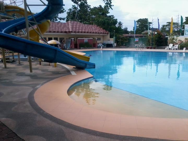 Make it davao villa carmelita inland resort and hotel for Apartelle in davao city with swimming pool