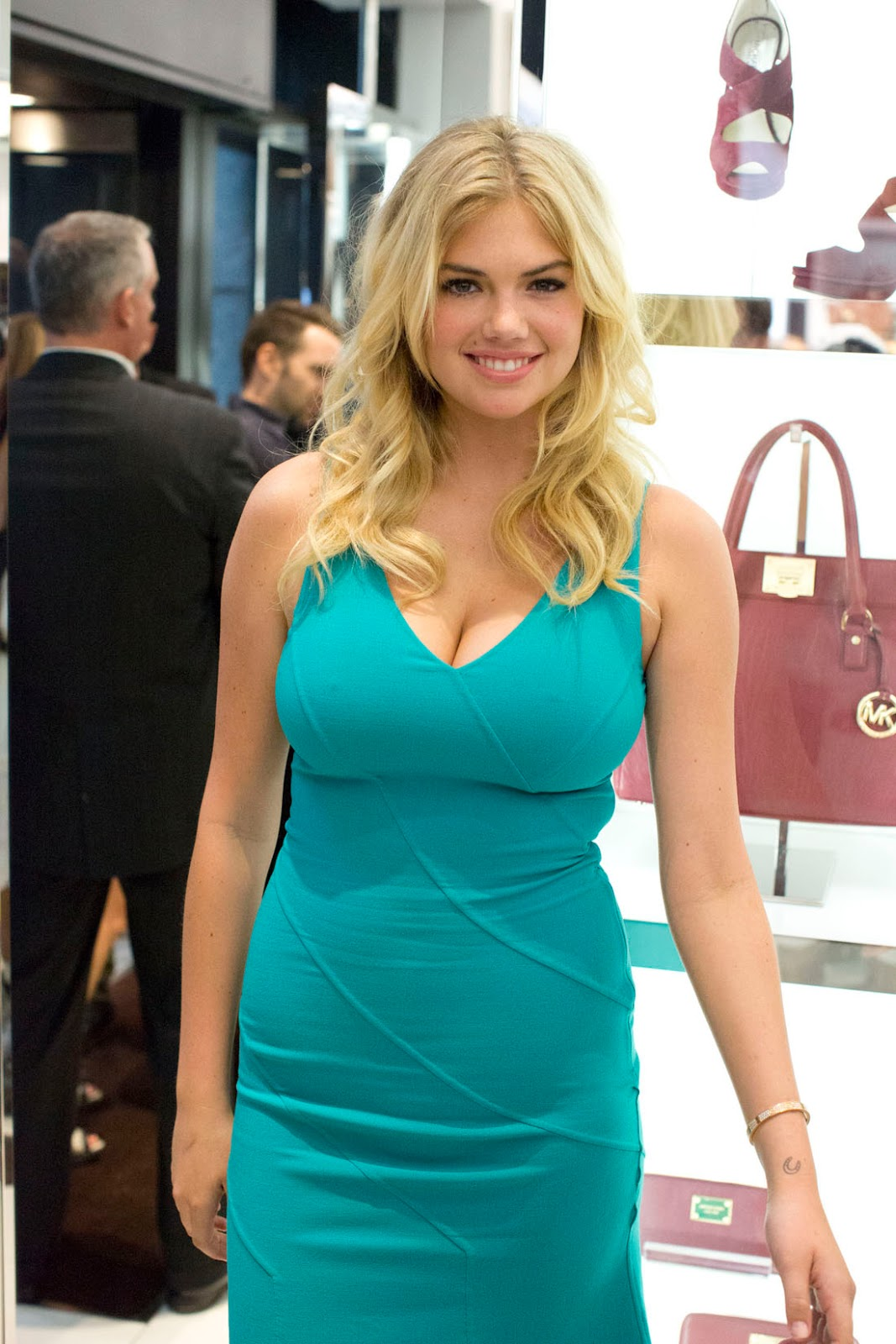 Kate upton blue dress 2013