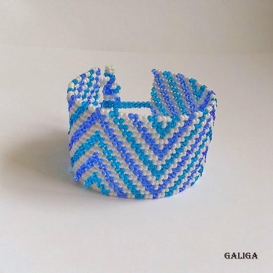 winter style beaded jewelry-colorful seed bead bracelet-sea blue cuff-blue motives