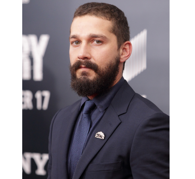 Actor Shia LaBeouf con barba