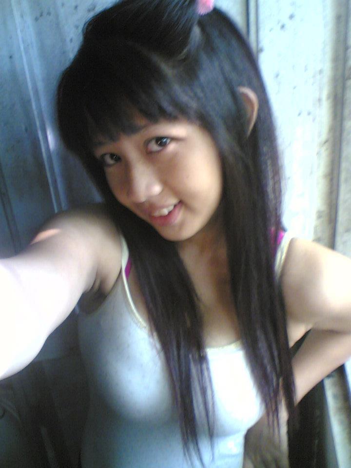 ABG sexy yang hobby narsis. http://www.facebook.com/gig.golo.9.