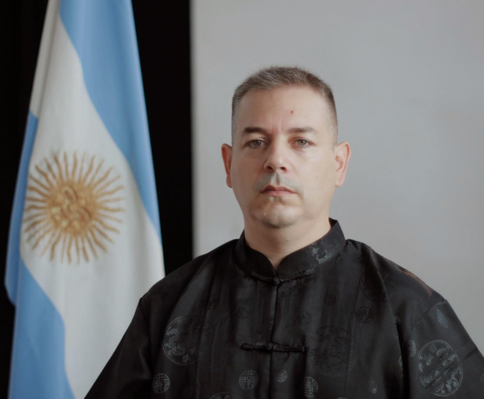 Profesor Daniel Maza