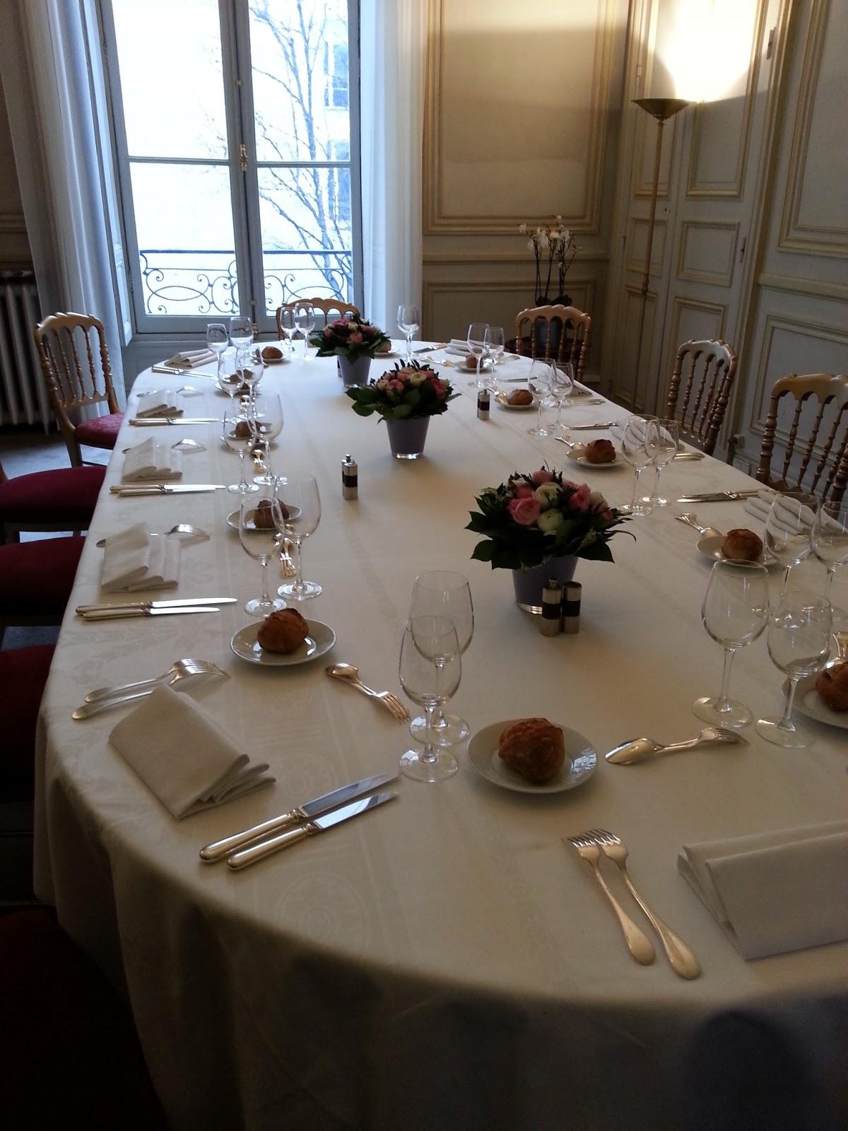 Ces doux moments j 39 ai rencontr najat vallaud belkacem - Laisserons nous a notre table paroles ...