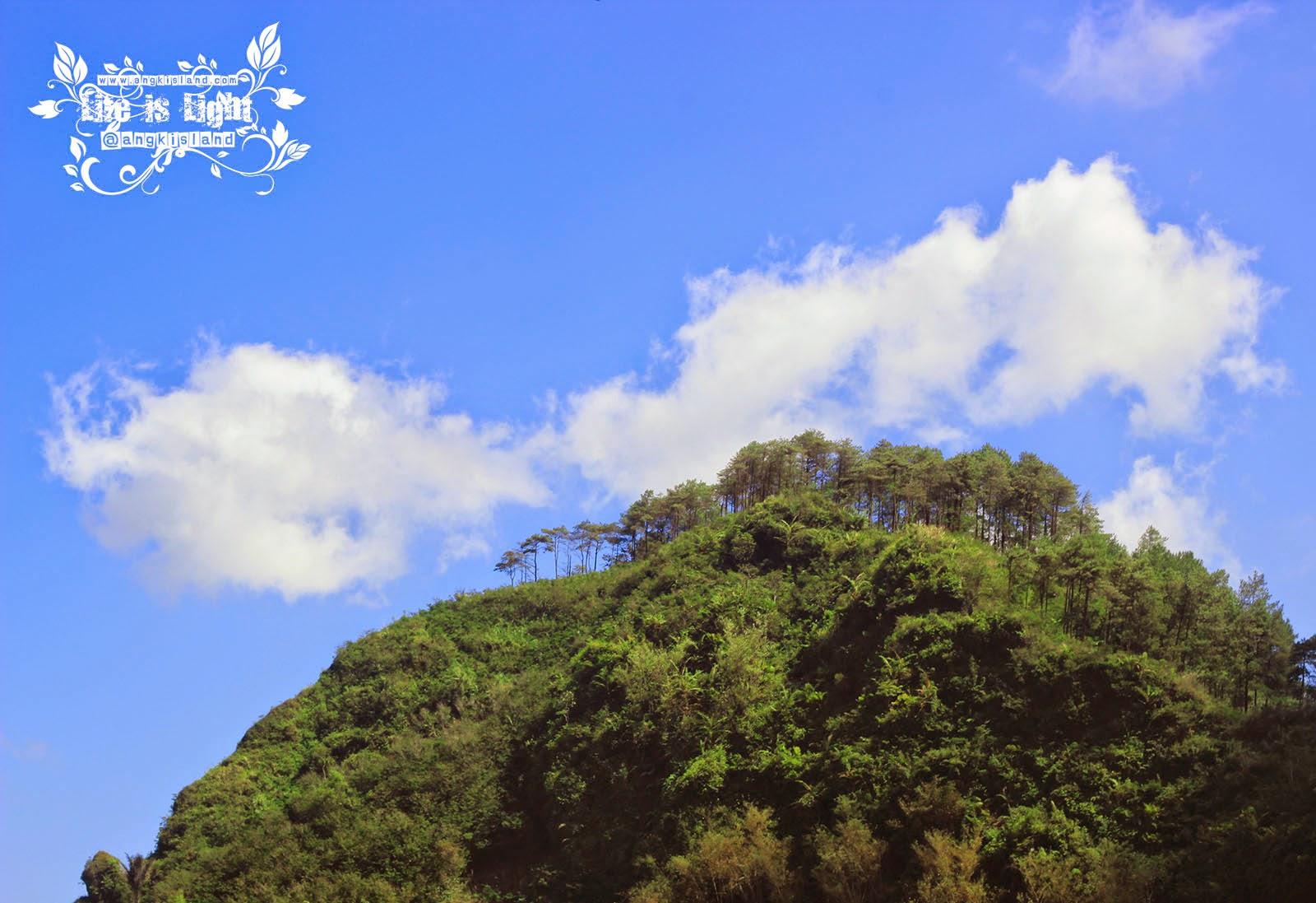 Gunung Kelir Negeri di atas Awannya Jogja