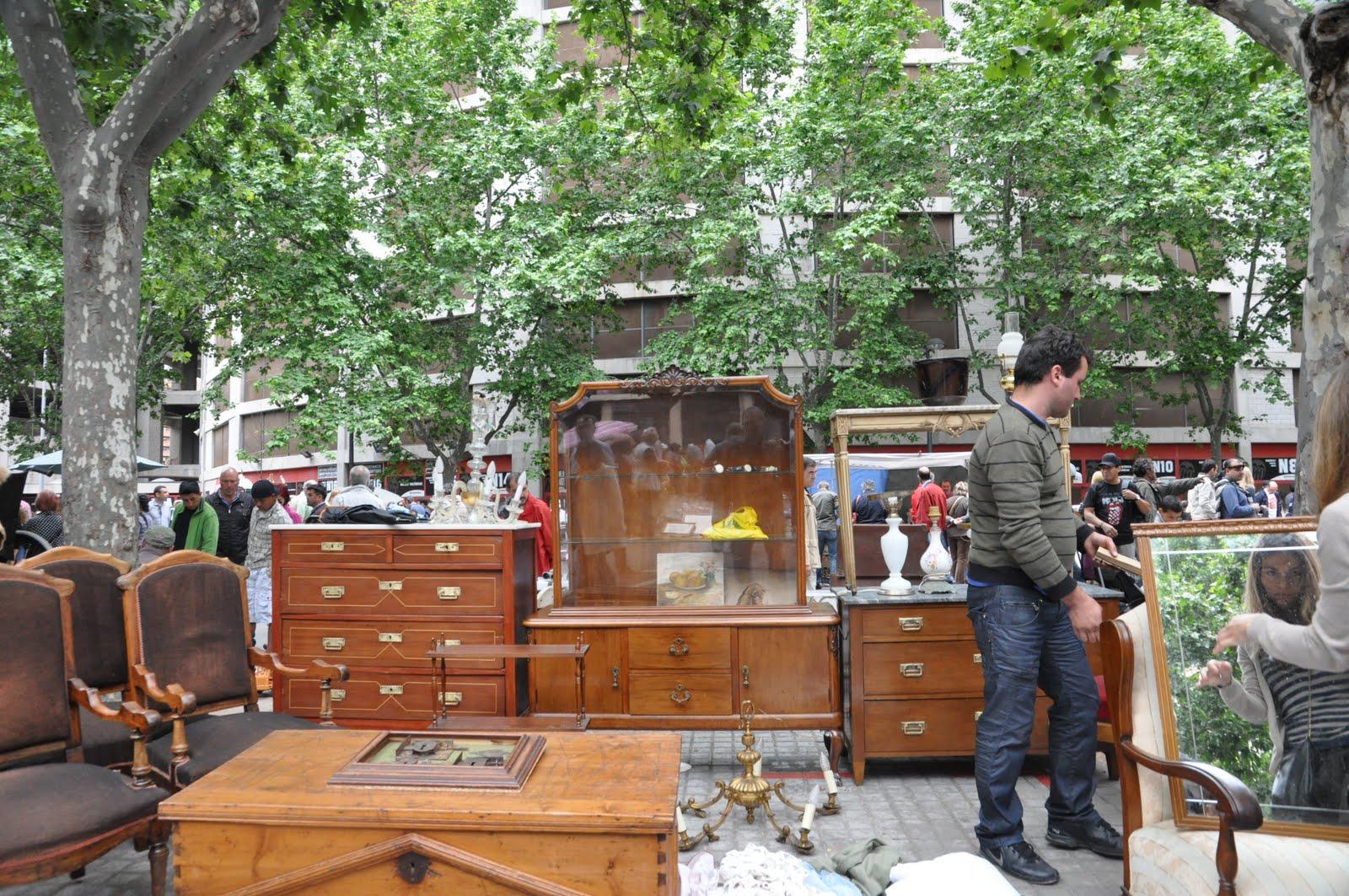 Esp ritu chamarilero de rastro por valencia for Mercadillo del mueble merida