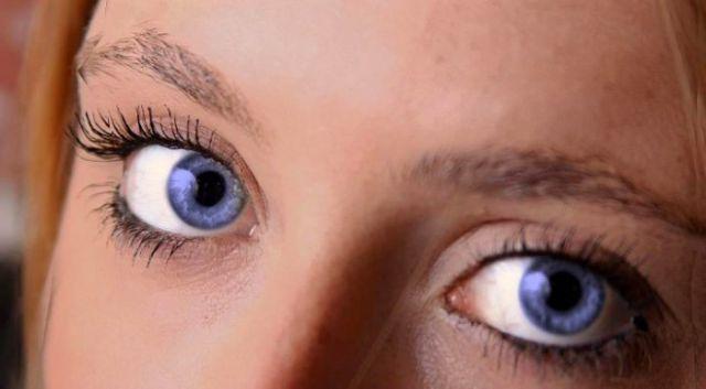 Gorgeous Female Eyes ~...