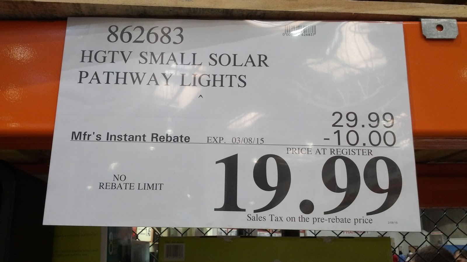hgtv home 8 piece led solar pathway lights costco weekender. Black Bedroom Furniture Sets. Home Design Ideas