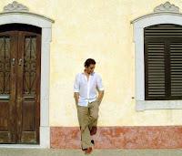 Arturo Pareja Obregón actuará en Sevilla el 5 de junio de 2012, en el Teatro Lope de Vega