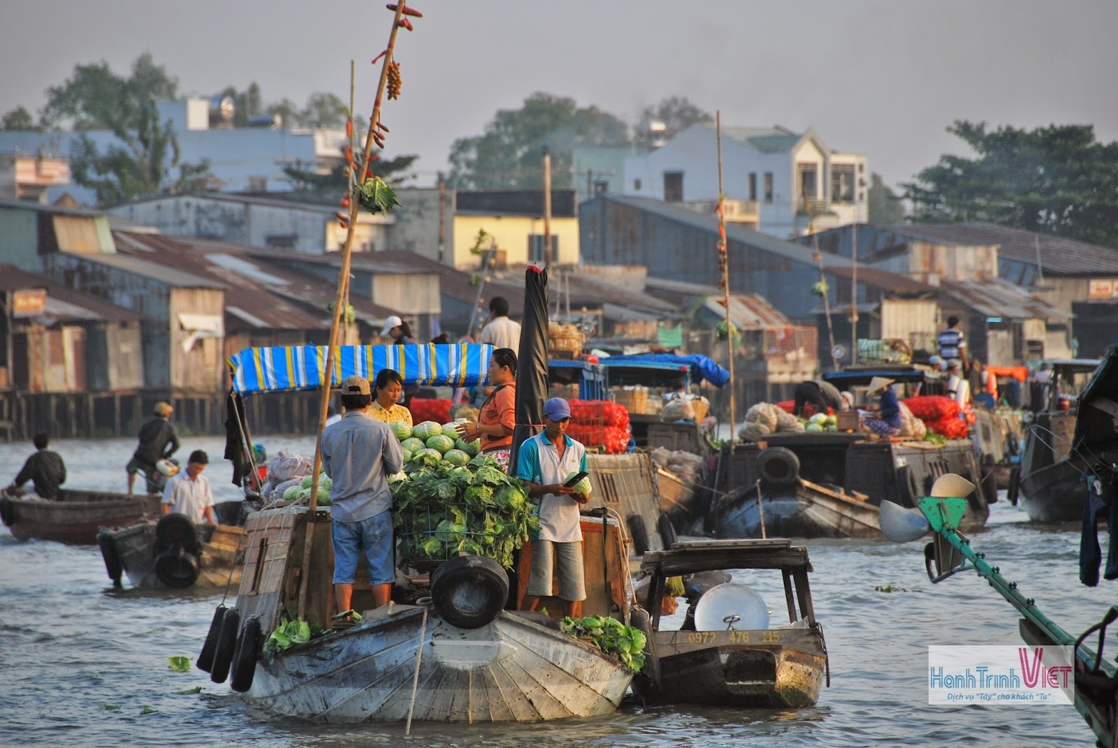 Tham quan chợ nổi Cái Răng vào buổi sớm mai