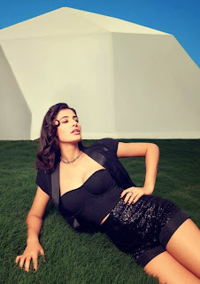 Nargis Fakhri latest hot wallpaper in Bold Black