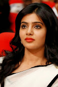Samantha sizzling in white saree-thumbnail-7