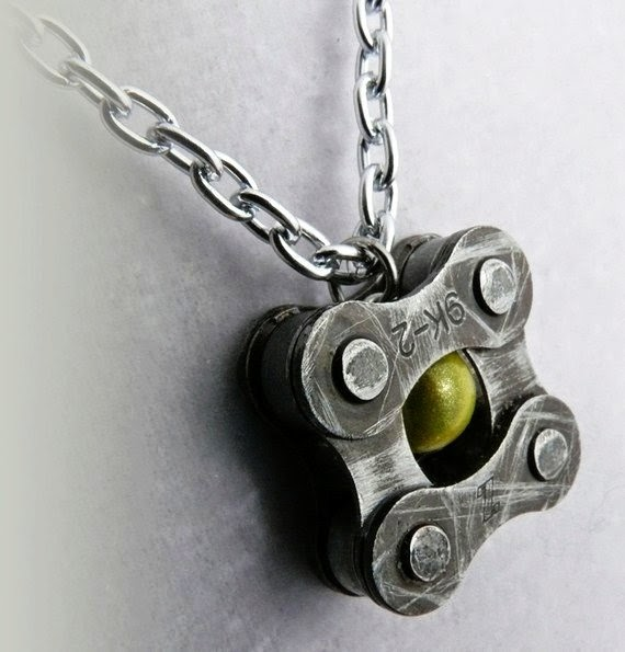 The Art Of Up Cycling Recycled Bicycle Chains Cool Stuff