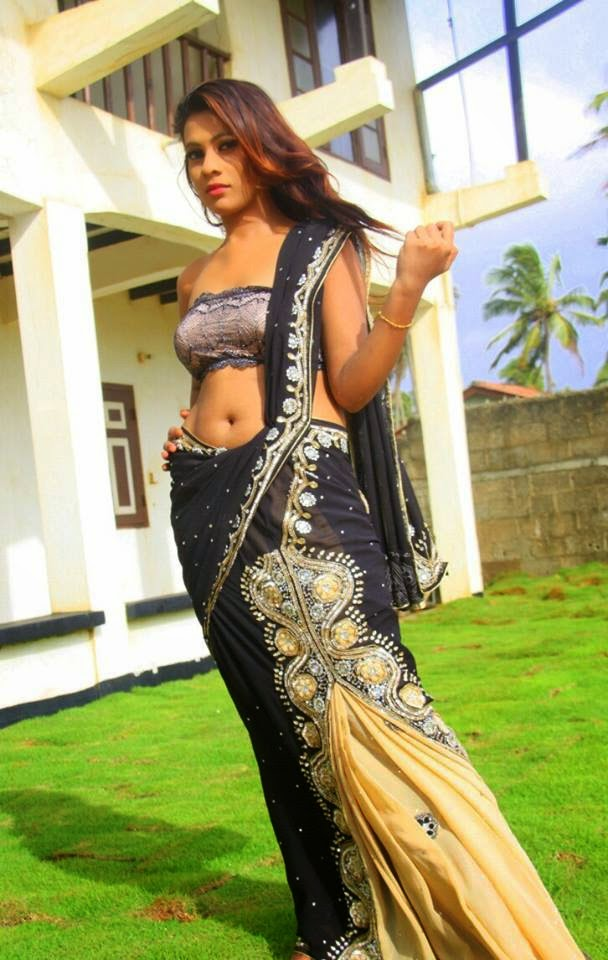 Hashini Madumanjali hot navel