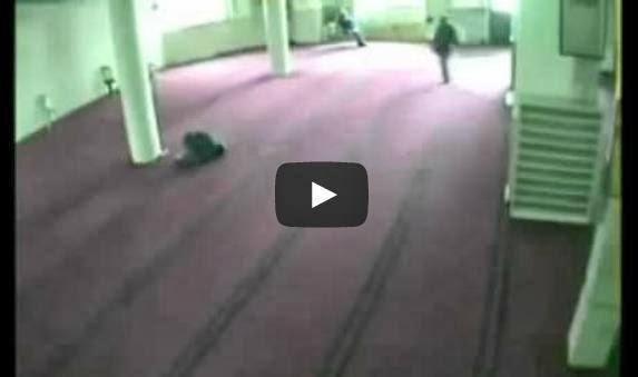 SubhanaAllah Ajal Menjemput Ketika Sujud Dalam Masjid